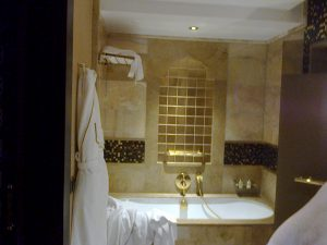 mardan palace sala de baie